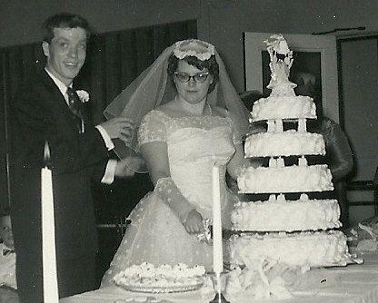 1950 Style Wedding Cakes