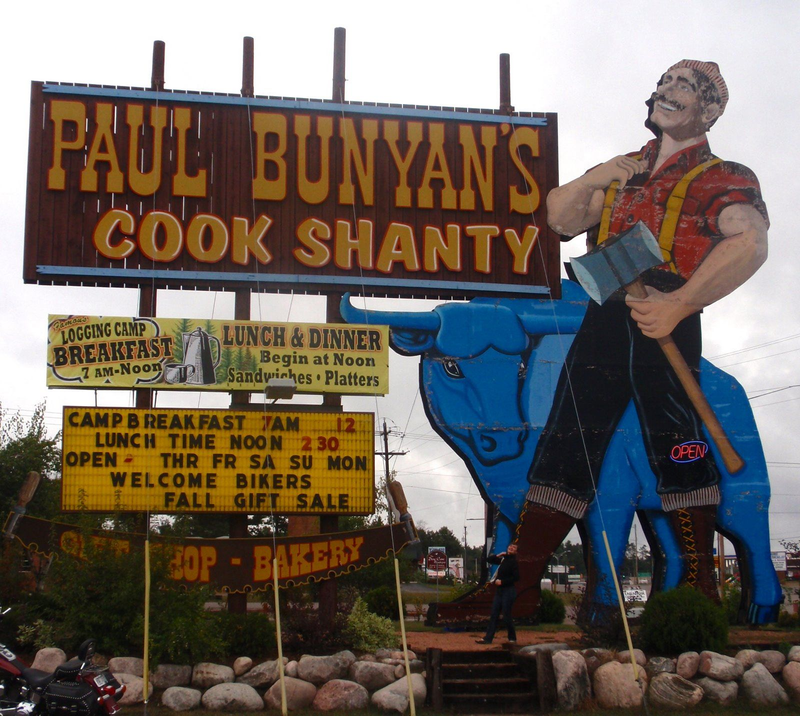 Paul Bunyan S Cook Shanty Minocqua Wisconsin Great Place For Breakfast Too Many Childhood Memories Not To Pin