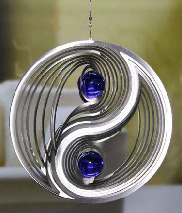 Metall Wirbel, mit farbiger Kugel, Illuminos mit Glaskugel ...