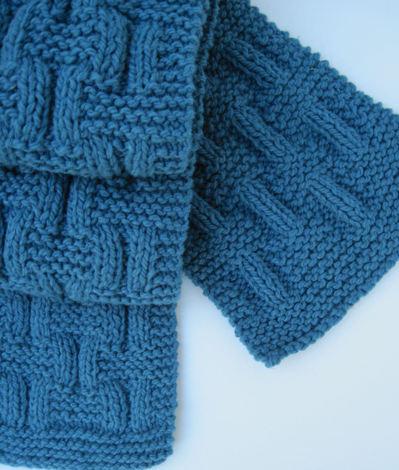 Ballet Leg Warmers Knitting Pattern : Knit scarf in teal blue - I think I can make this! Yarn Creations Pintere...