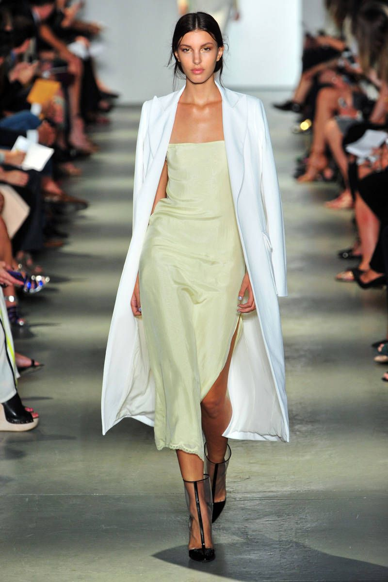 First Look: The New Colors for Spring 7  Color trends fashion