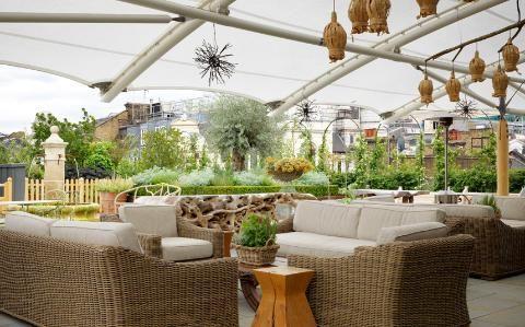 22 Amazing Rooftop Bars In London Ham Yard Hotel Best Rooftop Bars Ham Yard Hotel London