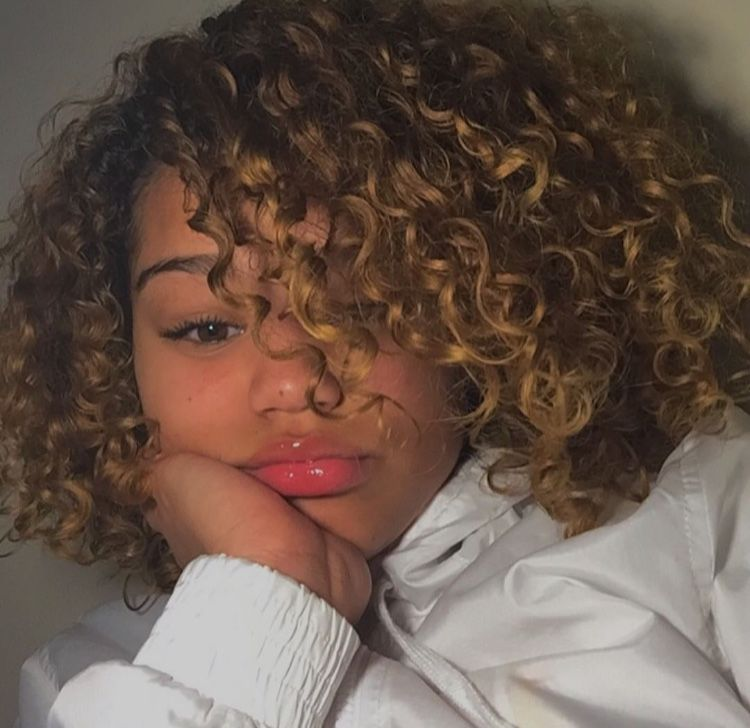 Pinterest Fam0usc Pretty Hair Color Curly Hair Styles Naturally