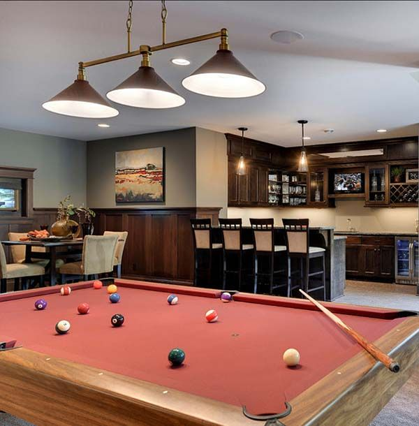 Home Gym Design Ideas Basement: Warm And Inviting Family Home With Traditional Styling In