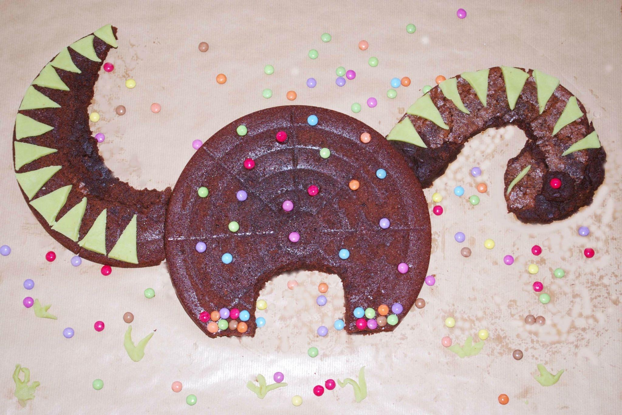 Anniversaire dinosaures la f te no mie aussi activit s birthday dinosaur party et - Dinosaure rigolo ...