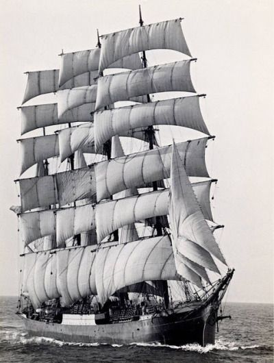 World's last commercial sailing ship, the Pamir, rounding Cape Horn for the last time in 1949.