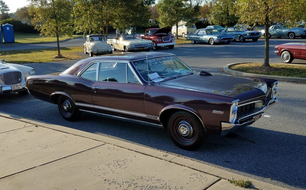 Here S A Sharp Looking 1967 Pontiac Tempest Sports Coupe With Sprint 6 For Sale At Hersey Pa Swap Meet Pontiac Tempest Pontiac Pontiac Gto