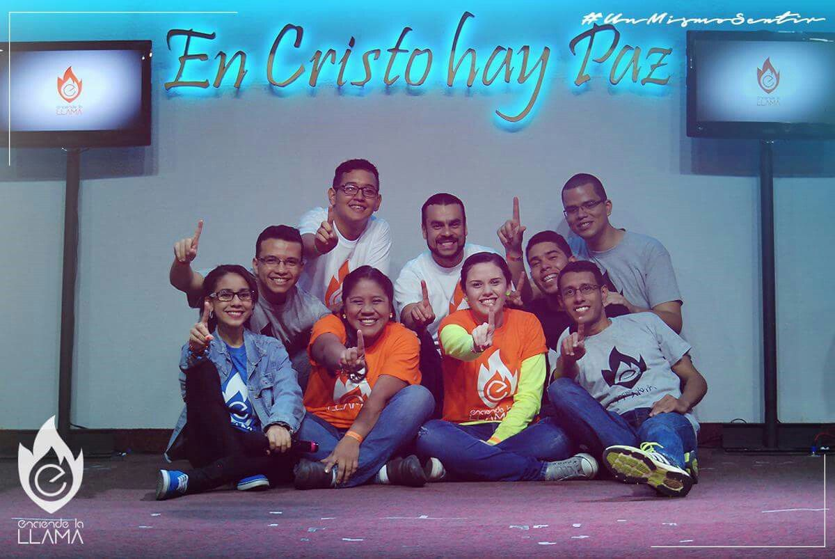 Grupo de alabanza y adoración. Mi familia en Cristo. Los amo ❤