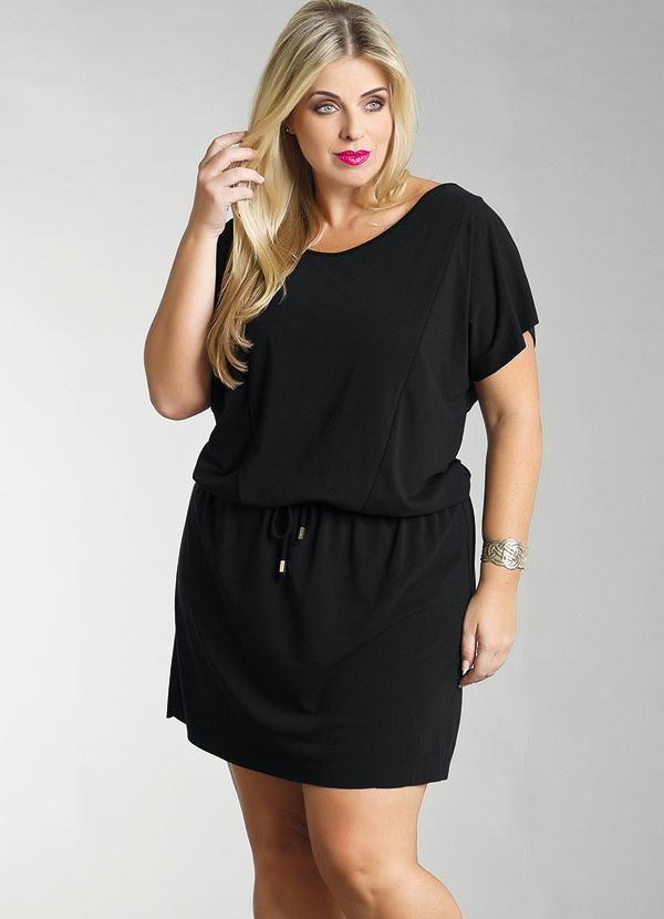 bc4ef2a8bc6943 Vestido Curto Plus Size Preto - Posthaus | Outfits | Vestidos curtos ...