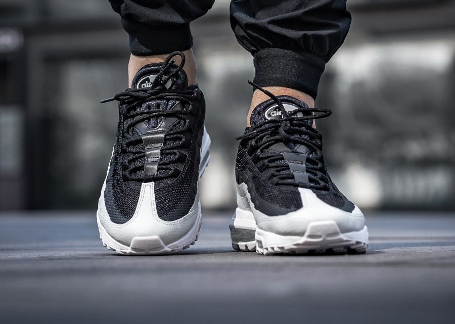 Nike Air Max 95 Ultra Essential 'Black White' (Blanche Noire