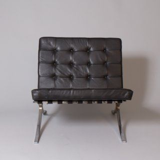 Barcelona chair - Ludwig Mies van der Rohe (1929) - produced by Knoll in 1957