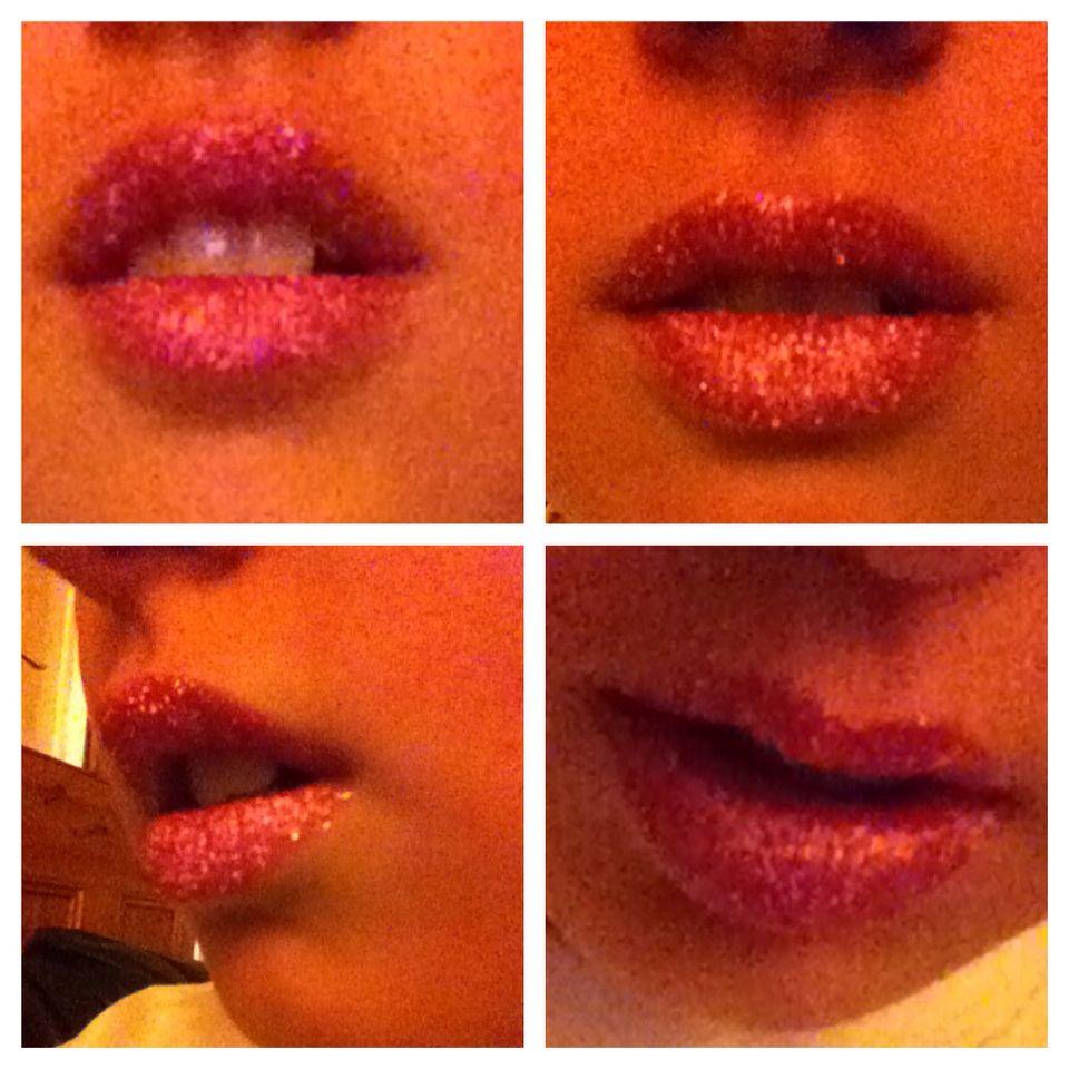 My glittery lips !!!