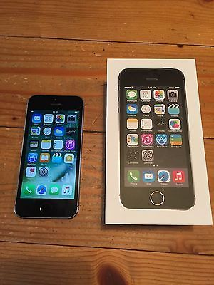 Apple Iphone 5s 64gb Spacegrau Ohne Simlock Smartphonesparen25 Com Sparen25 De Sparen25 Info Apple Iphone Iphone 5s Iphone