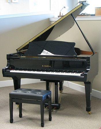 1998 Kawai Rx 2 Grand Piano Grand Pianos Mid America Piano Piano Baby Grand Pianos Classic Elegance