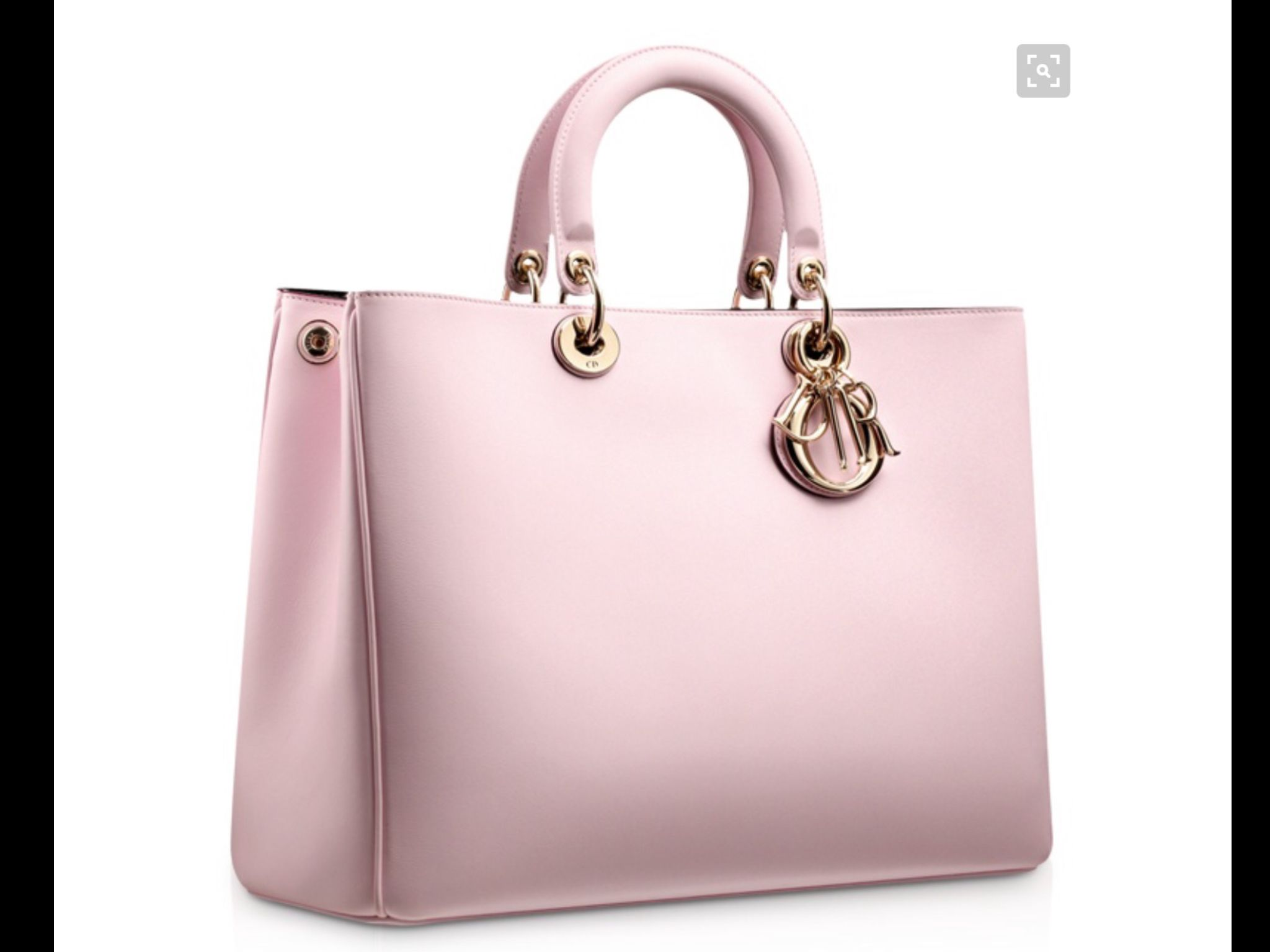 e5fc9d29db Pin by Katie Benjamin on Girly travel in 2019   Bags, Dior, Discount ...