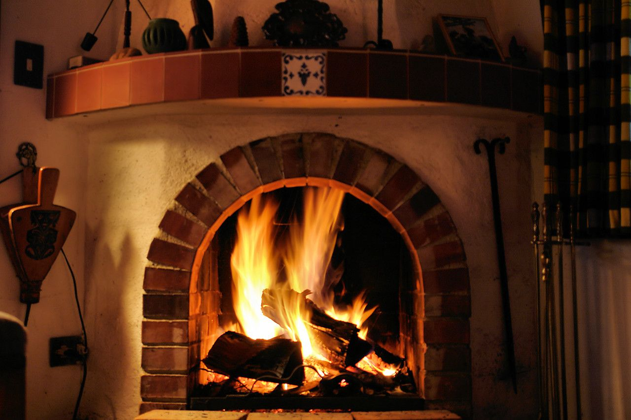kaminfeuer h ttenzauber jetzt wird 39 s urig pinterest kaminfeuer feuer und wolle. Black Bedroom Furniture Sets. Home Design Ideas