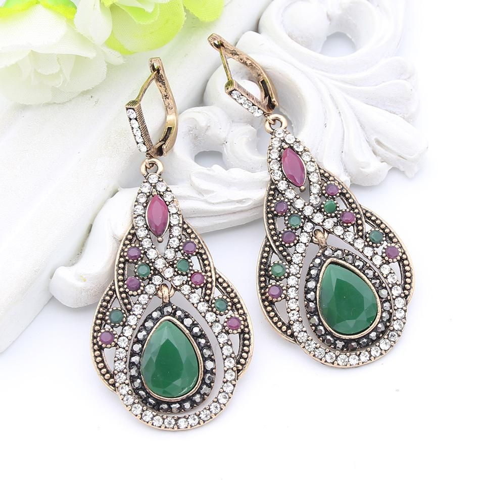 Arabesque Flower Dangle Earrings ~ 3 Colors!! – ZolaBug #jewelry #jewelrytrends #flowers #earrings #dangleearrings #onlineshop #musthaves #giftideas
