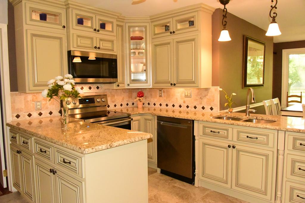Peak Auction Kitchen Kitchen Home Decor Home