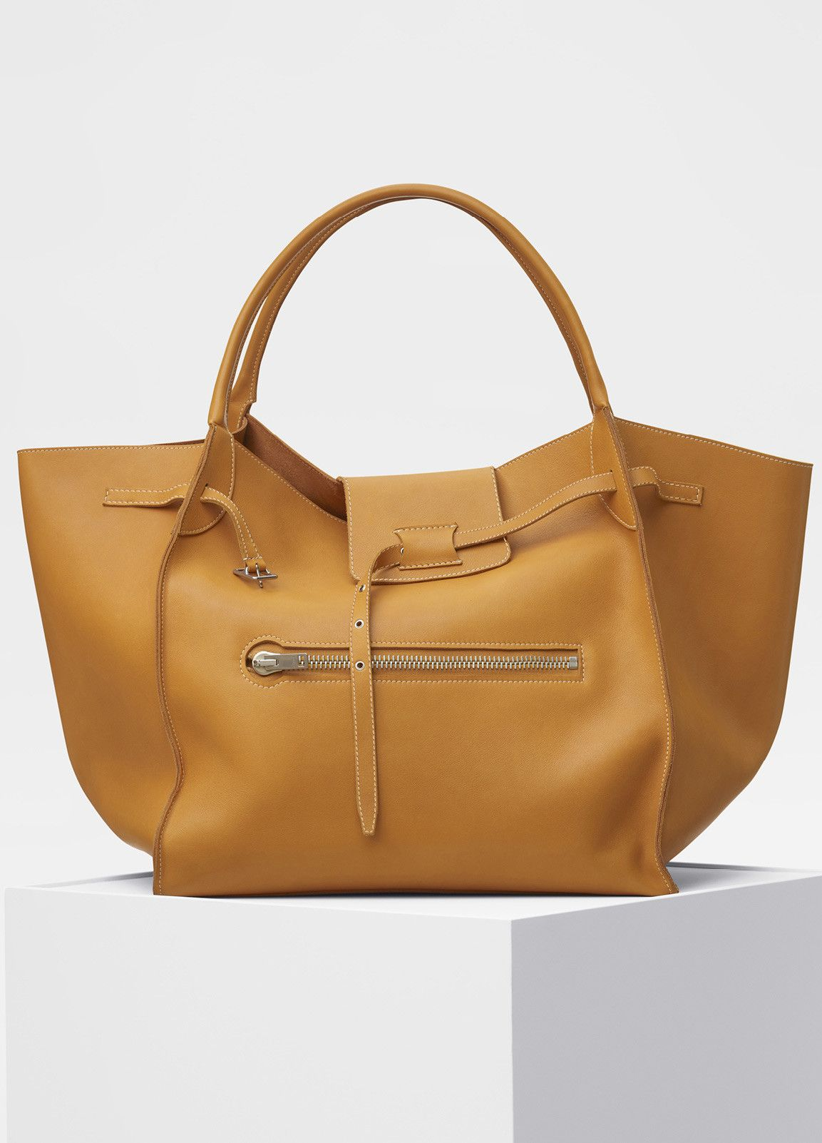 f28a883bdb Women Bags on