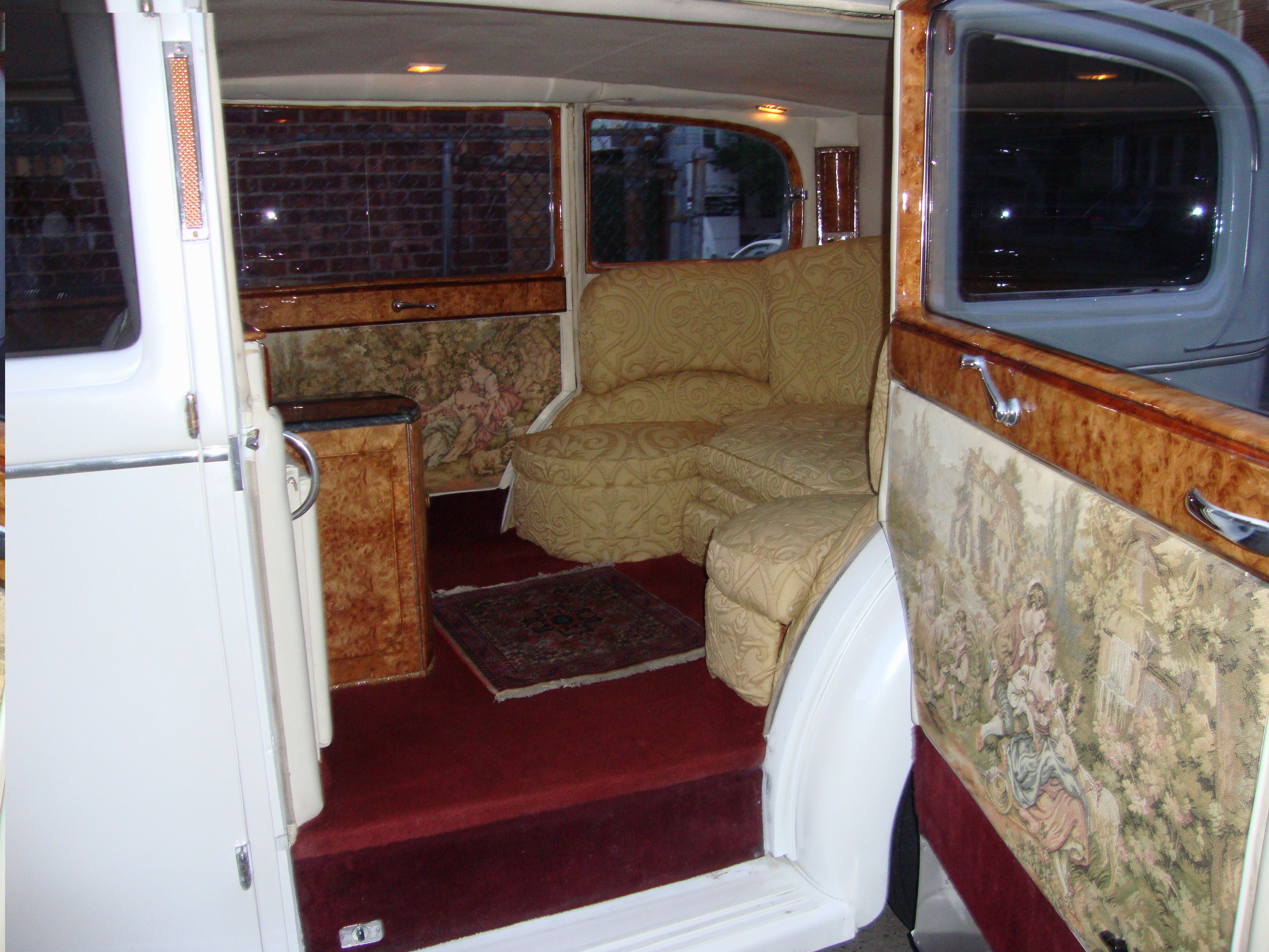 27+ 1926 Rolls Royce Interior