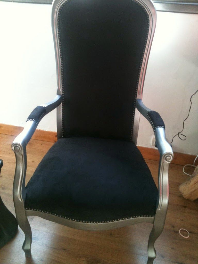 Les ateliers de socrate relooking meubles le havre mon premier voltaire socrate sallon - Meuble voltaire ...