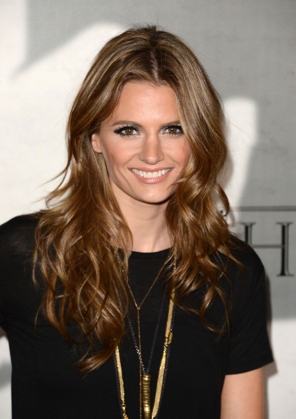 stana katic - she does hollywood right! she's the lead on a very