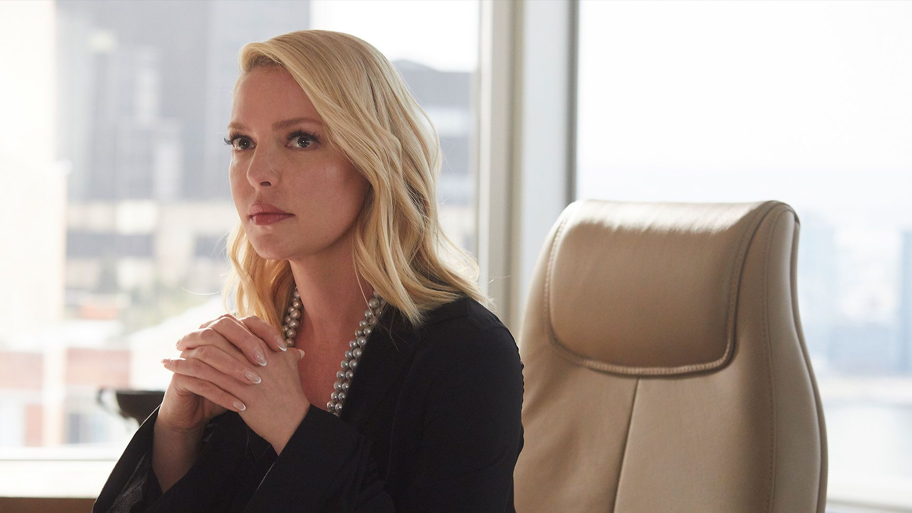 katherine heigl stars as samantha wheeler in suits season 8 episode 5 good mudding katherine heigl suits season suits series katherine heigl suits season