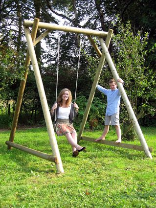 SINGLE SWING FRAME Price: £230.00 A simple but solid swing frame ...
