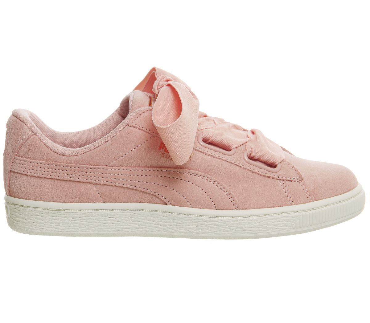 official photos d882b 5b81b Suede Heart Trainers | Shoes | Puma suede, Office shoes, Shoes