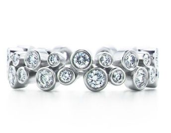 tiffany bubble ring. Looks like my wedding jewelry