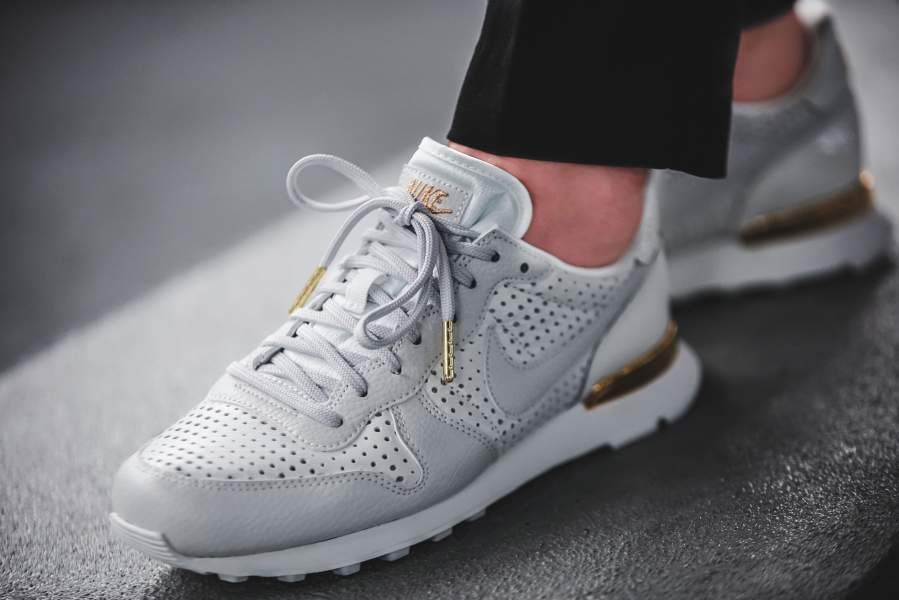 the latest 89bf1 cafa8 ... Premium QS BEAUTIFUL X POWERFUL - AA1435-100. Find this Pin and more on  Fall by Lizette Saucedo. Nike WMNS Internationalist   43einhalb sneaker  store