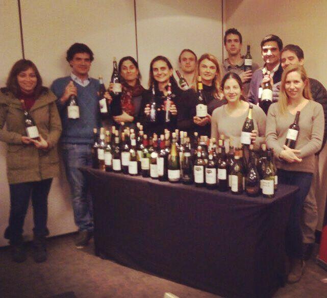 Increible este grupo!!! Ya terminaron el nivel 3 de la @wsetglobal  Unos verdaderos #winelovers! Nos enorgullece que hayan aprendido con nosotros y esperamos seguir viéndolos en otros de nuestros cursos.  Tú aún no comienzas con los niveles 1 y 2? Te recordamos que queda solo esta semana para inscribirse en los cursos que realizaremos en Colchagua.  No pierdas esta oportunidad!  #cursos #vino #wset #chile #Colchagua