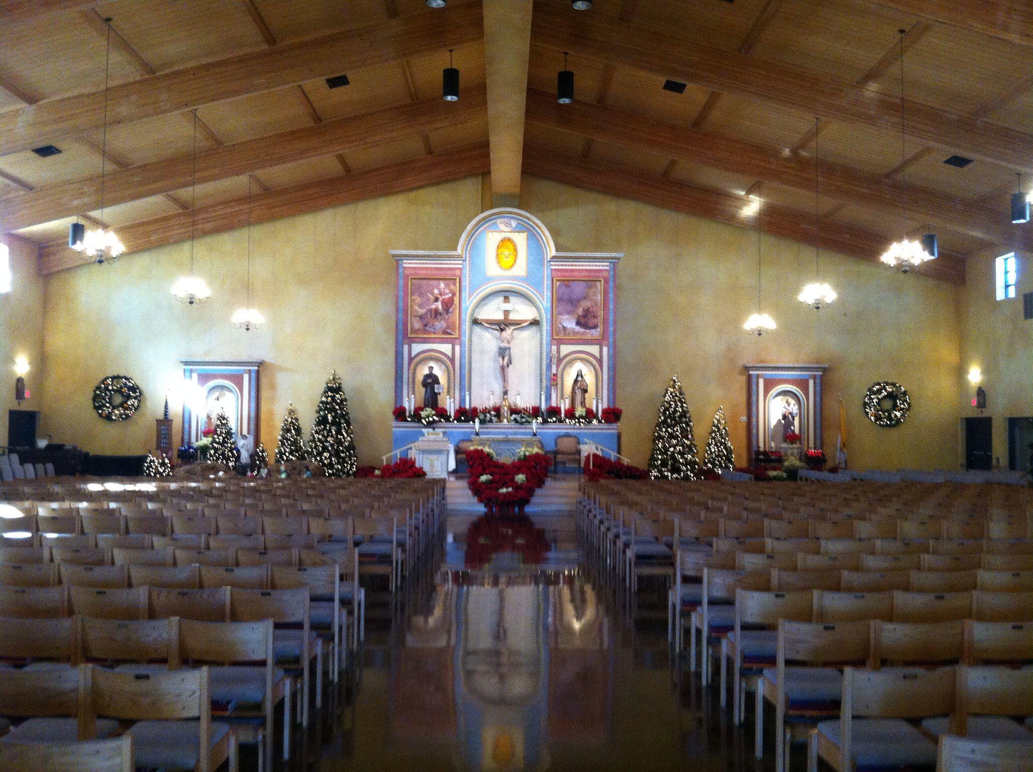 St Francis Of Isi Catholic Church Henderson Nv Aisle Runner Allowed Vegas Wedding Venuelas