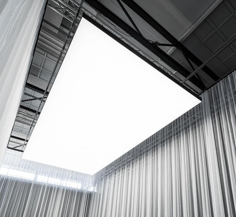 Roof Lighting Concept In Basic Form: Philips Re-invents Ceiling Lighting With A Sound Absorbing