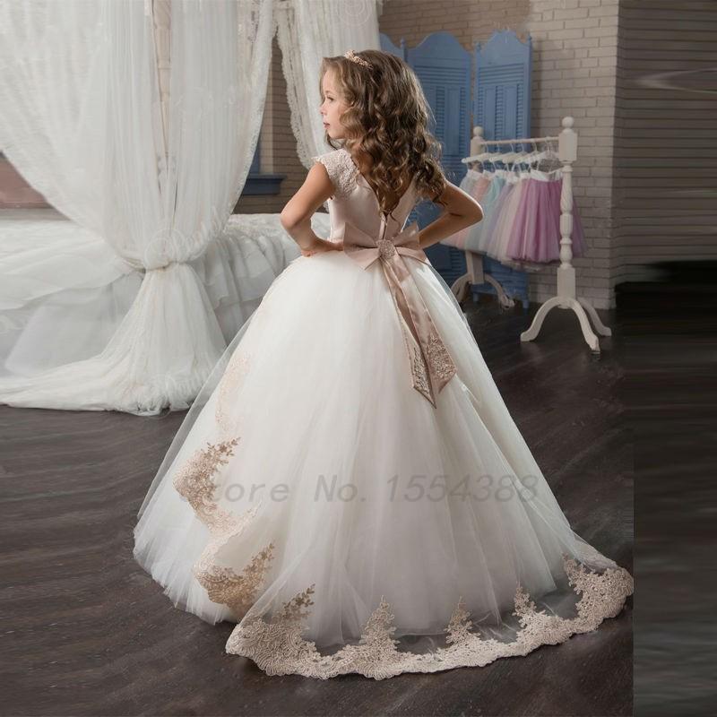 keresés olcsó ruha nő)
