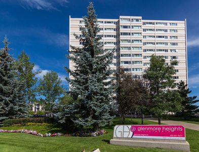 Realstarmgmt Glenmore Heights Apartments Offer Everything You Need In The Heart Of Calgary