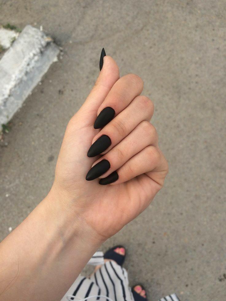 Pin By Komaryah Wijayah On N A I L S Almond Acrylic Nails Black Acrylic Nails Dipped Nails