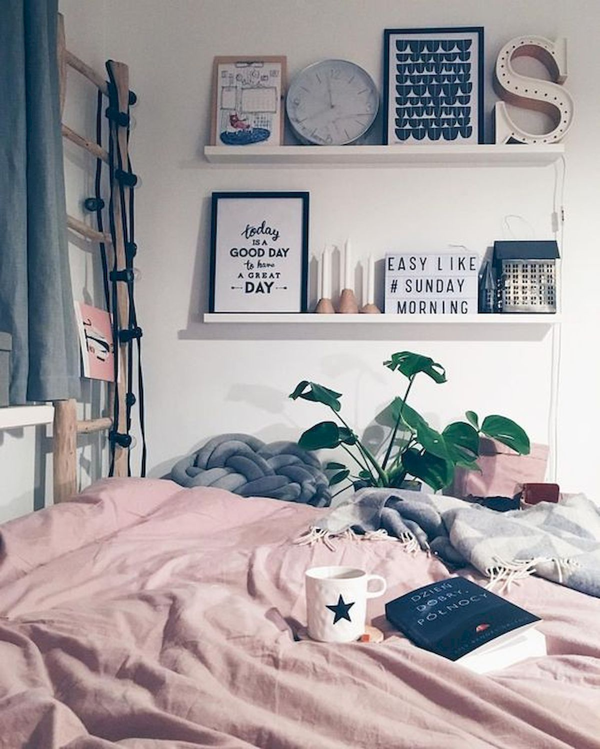 College Home Decor: 33 Awesome College Bedroom Decor Ideas And Remodel