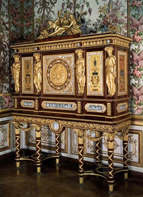 Peintures Des Musees De France Regalia Et Joyaux De La Couronne De France Meuble De Style Versailles Mobilier De Salon