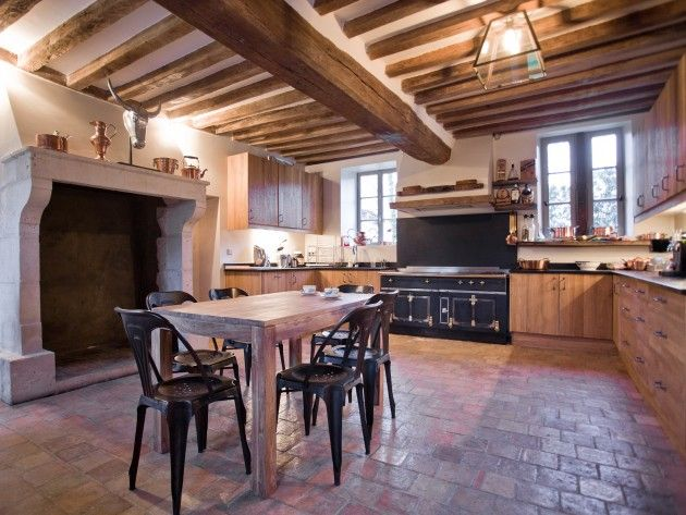 Renovation cuisine ancienne la cornue vintage antiquity for Amenagement cuisine rustique