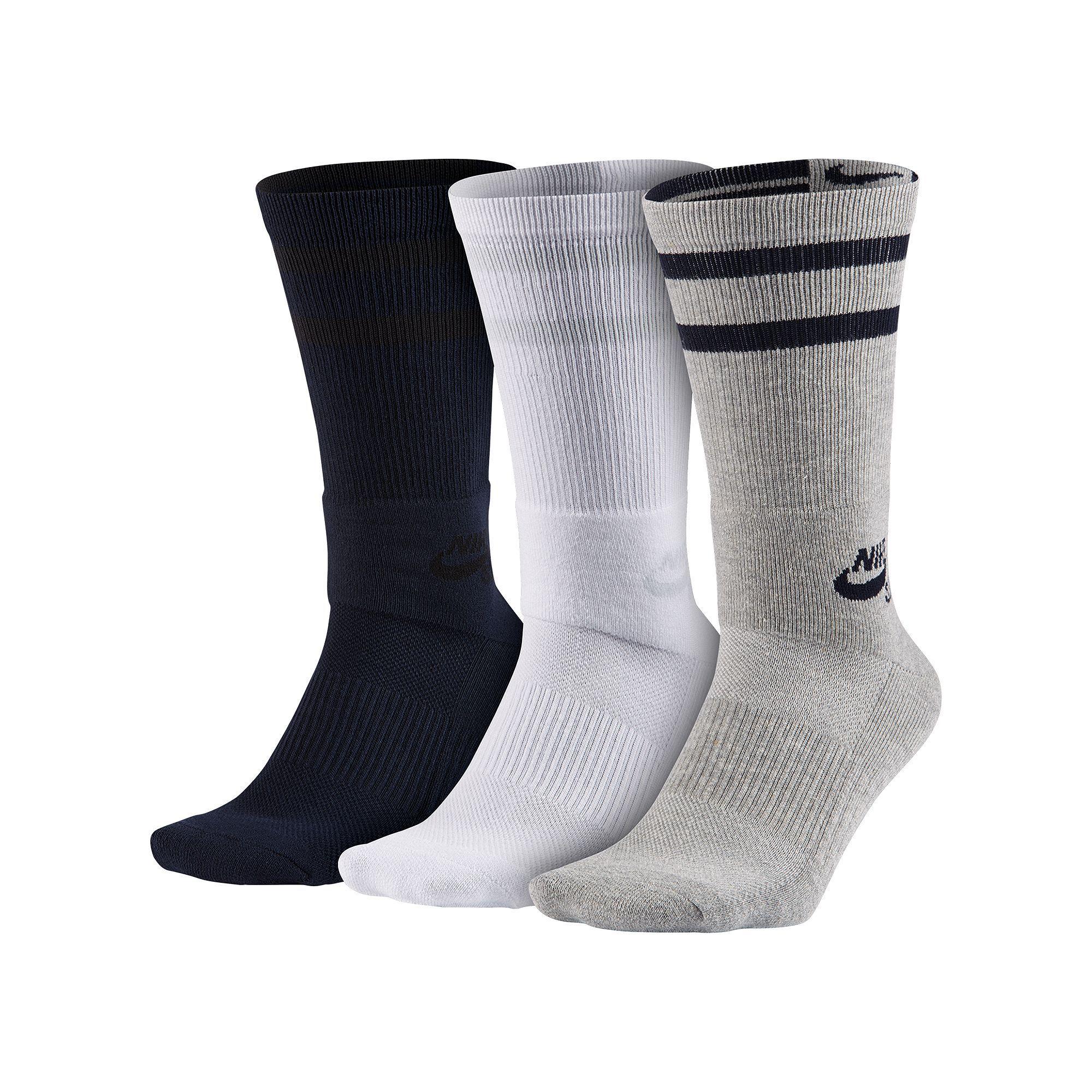c77a8e3b1172 Men's Nike 3-pack Dri-FIT Skateboard Performance Crew Socks, Size: 12-15,  Black Gray White