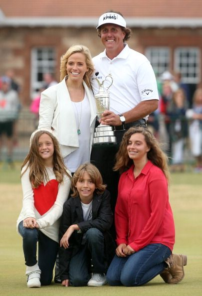Phil Mickelson and Amy Mickelson with their children