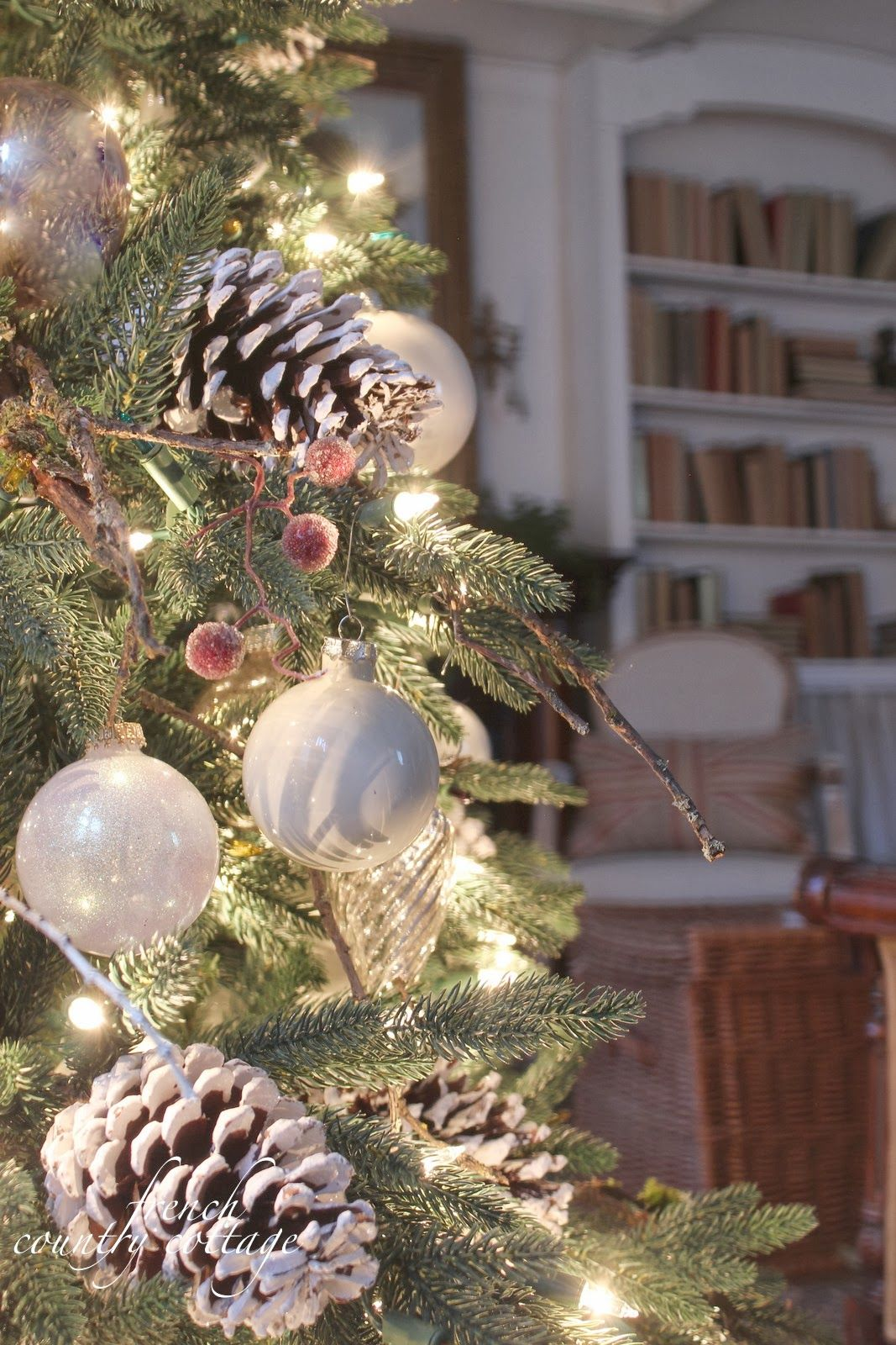 img 7120 jpg 1 067 1 600 pixels christmas pinterest cottage