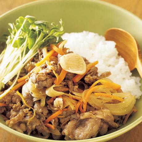スタミナ焼き肉丼 | ワタナベマキさんのどんぶりの料理レシピ | プロの簡単料理レシピはレタスクラブニュース