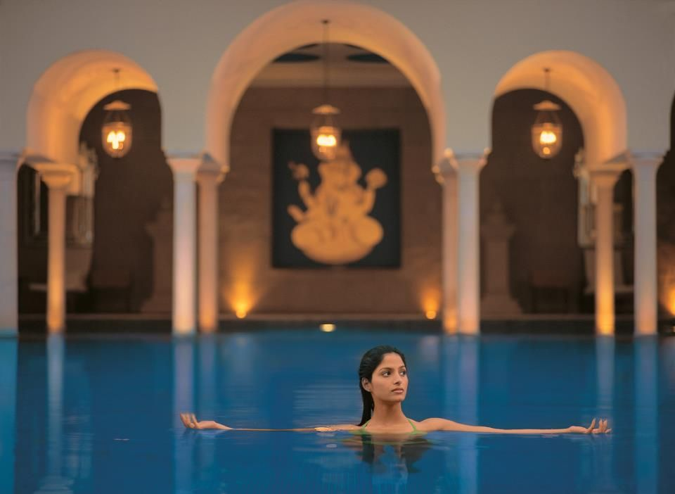 A gorgeous swimming pool at super luxury Hotel - Amar Vilas in Agra