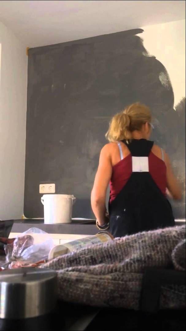 Genoeg Eerste laag betonlook met verf aanbrengen op keukenwand.   povrchy KY95
