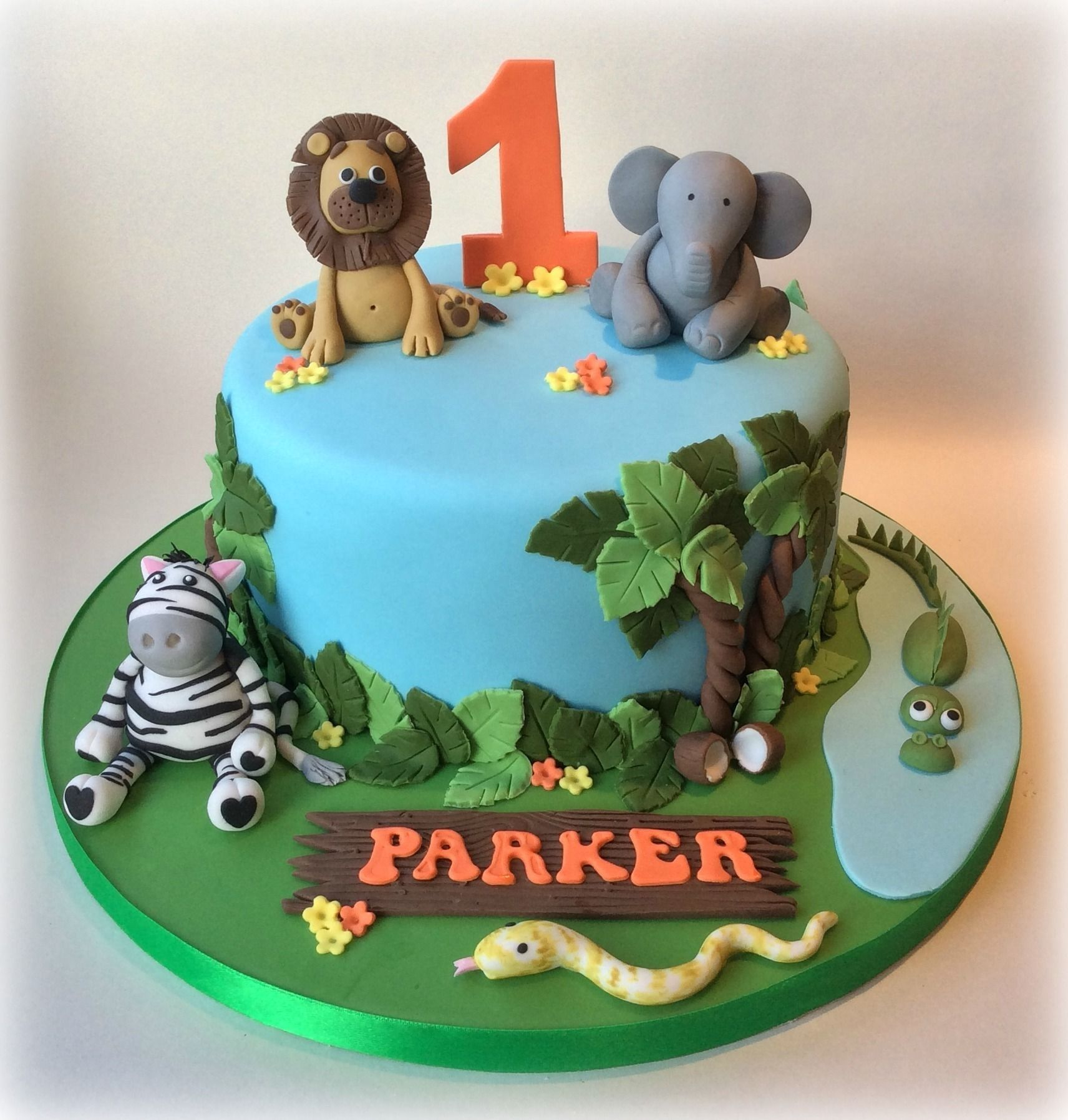 Jungle Theme Cake For Ideas In 2020 Jungle Birthday Cakes