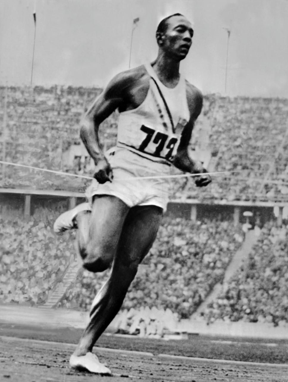 th owens wins th gold medal at the berlin 9th 1936 owens wins 4th gold medal at the 1936 berlin olympics african american track star jesse owens wins his fourth gold medal of the ga