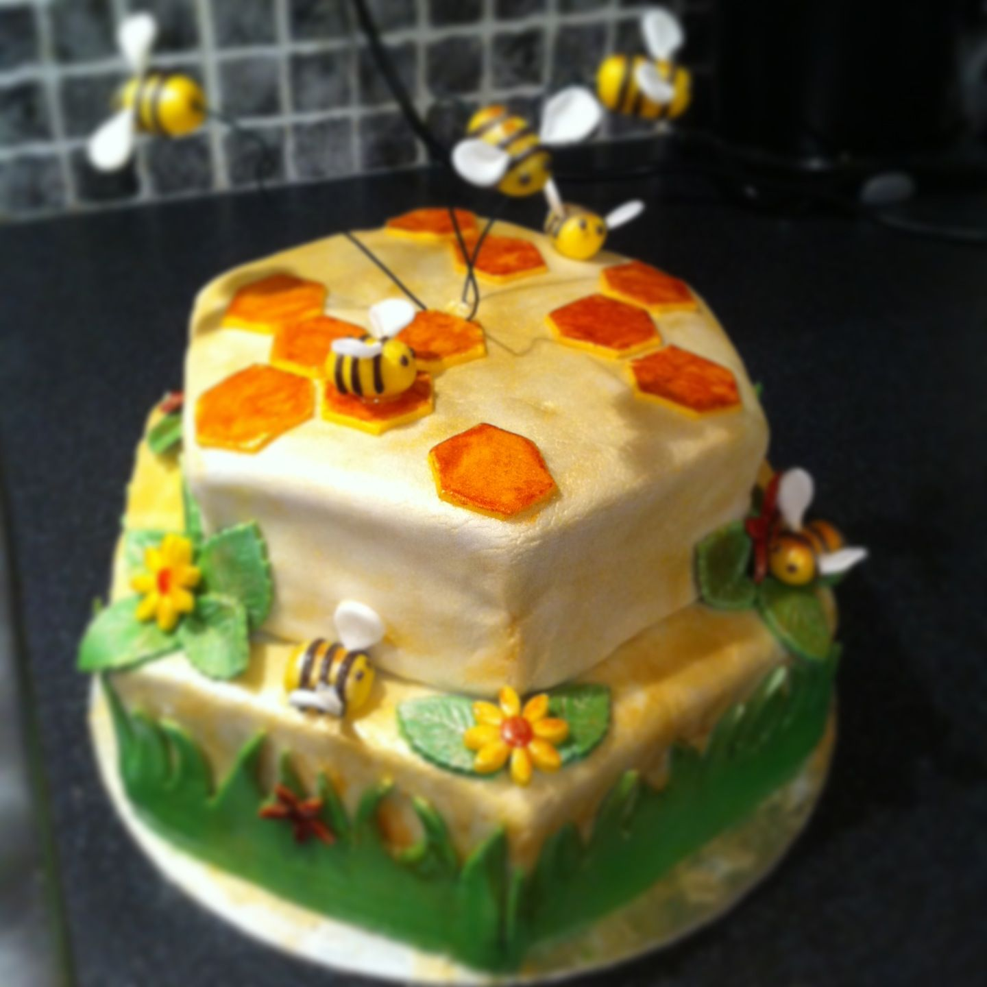 Bee Paradise Birthday Cake Creations From The House Of Cake