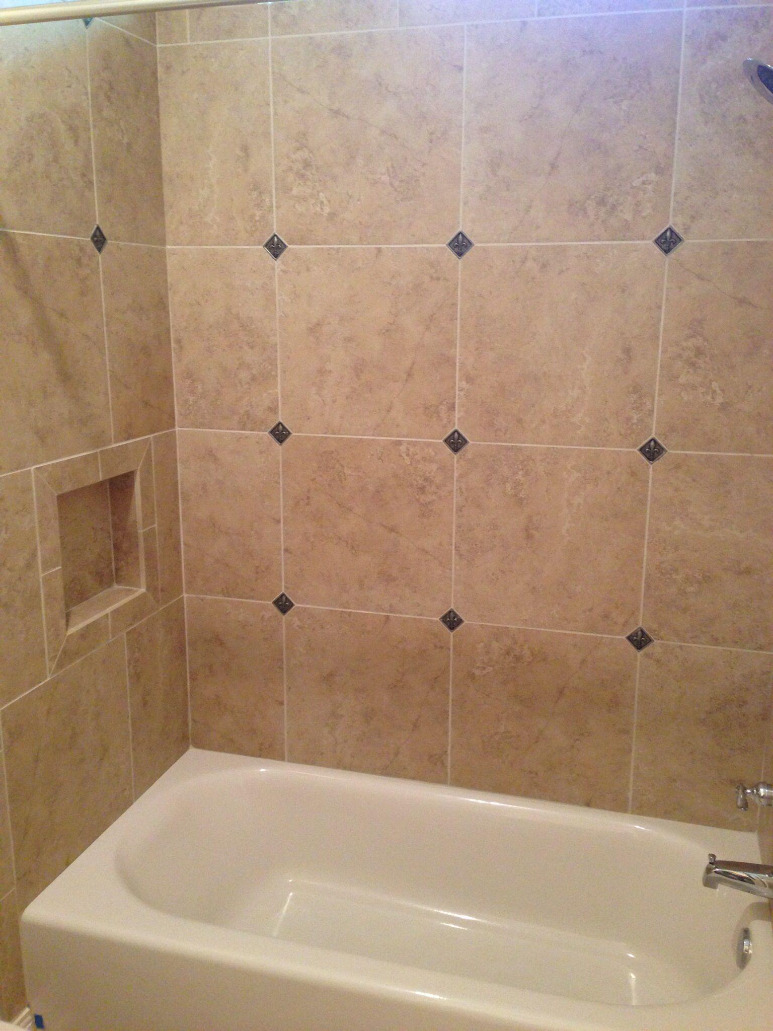 18x18 Tiles With 2 Square Medallions Bathroom Small Bathroom Bathroom Design